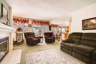 Photo 10: OCEANSIDE House for sale : 4 bedrooms : 4051 Via De La Paz