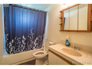 Photo 7: 722 Danbrook Avenue in VICTORIA: La Langford Proper Strata Duplex Unit for sale (Langford)  : MLS®# 377445