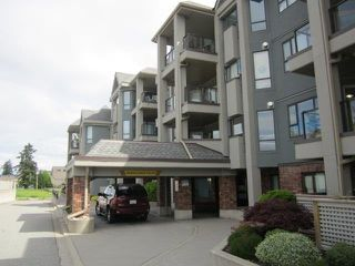 "Photo 1: 207 15241 18 Avenue in Surrey: King George Corridor Condo for sale in ""Cranberry Lane"" (South Surrey White Rock)  : MLS®# R2165742"