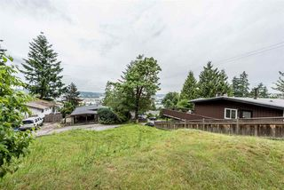 Photo 17: 2086 CONCORD Avenue in Coquitlam: Cape Horn House for sale : MLS®# R2180975