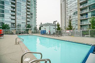 "Photo 19: 906 2978 GLEN Drive in Coquitlam: North Coquitlam Condo for sale in ""GRAND CENTRAL ONE"" : MLS®# R2204292"