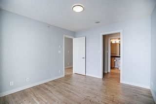 "Photo 11: 906 2978 GLEN Drive in Coquitlam: North Coquitlam Condo for sale in ""GRAND CENTRAL ONE"" : MLS®# R2204292"