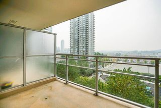 "Photo 15: 906 2978 GLEN Drive in Coquitlam: North Coquitlam Condo for sale in ""GRAND CENTRAL ONE"" : MLS®# R2204292"