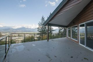 Photo 4: 8390 LICKMAN Road in Chilliwack: Chilliwack Yale Rd West House for sale : MLS®# R2216042