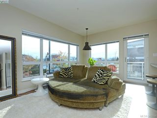 Photo 3: 108 785 Tyee Road in VICTORIA: VW Victoria West Condo Apartment for sale (Victoria West)  : MLS®# 385034