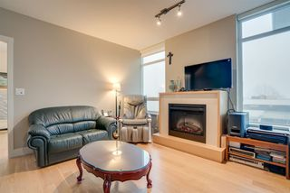 "Photo 8: 406 15152 RUSSELL Avenue: White Rock Condo for sale in ""Miramar"" (South Surrey White Rock)  : MLS®# R2227250"