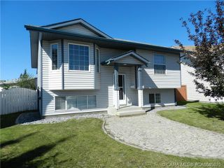 Photo 4: 101 Briarwood Crescent in Blackfalds: BS Briarwood Residential for sale : MLS®# CA0045870