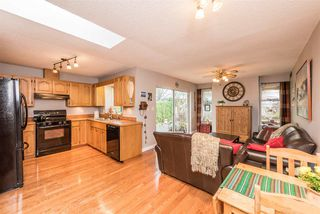 Photo 9: 12148 MAKINSON Street in Maple Ridge: Northwest Maple Ridge House for sale : MLS®# R2230456