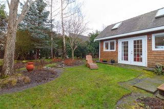 Photo 19: 835 Linkleas Ave in VICTORIA: OB South Oak Bay House for sale (Oak Bay)  : MLS®# 776943