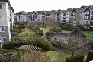 "Photo 14: 305 19673 MEADOW GARDENS Way in Pitt Meadows: North Meadows PI Condo for sale in ""THE FAIRWAYS"" : MLS®# R2237008"