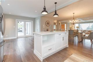 Photo 12: 4729 Carloss Place in VICTORIA: SE Cordova Bay Single Family Detached for sale (Saanich East)  : MLS®# 387814