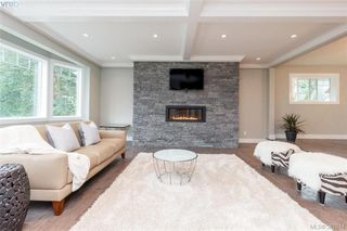 Photo 2: 4729 Carloss Place in VICTORIA: SE Cordova Bay Single Family Detached for sale (Saanich East)  : MLS®# 387814