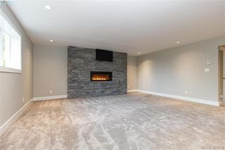 Photo 13: 4729 Carloss Place in VICTORIA: SE Cordova Bay Single Family Detached for sale (Saanich East)  : MLS®# 387814