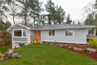 Photo 1: 4729 Carloss Place in VICTORIA: SE Cordova Bay Single Family Detached for sale (Saanich East)  : MLS®# 387814