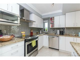 Photo 18: 308 827 Fairfield Road in VICTORIA: Vi Downtown Residential for sale (Victoria)  : MLS®# 356438