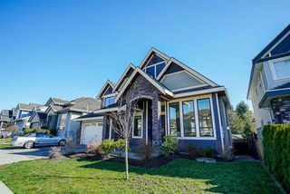 Photo 1: 8010 170 Street in Surrey: Fleetwood Tynehead House for sale : MLS®# R2248045