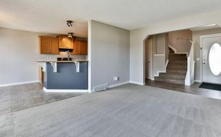 Photo 4: 2 CITADEL ESTATES Heights NW in Calgary: Citadel House for sale : MLS®# C4183849