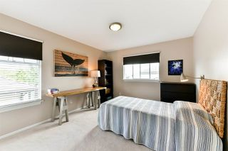 "Photo 14: 21568 86A Crescent in Langley: Walnut Grove House for sale in ""Forest Hills"" : MLS®# R2276258"