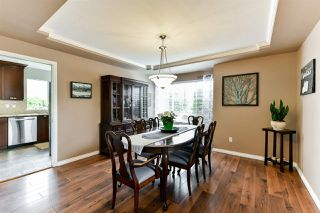 "Photo 4: 21568 86A Crescent in Langley: Walnut Grove House for sale in ""Forest Hills"" : MLS®# R2276258"