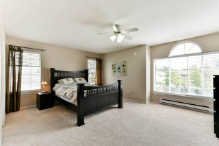 """Photo 12: 21568 86A Crescent in Langley: Walnut Grove House for sale in """"Forest Hills"""" : MLS®# R2276258"""