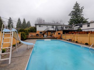 Photo 18: 7940 BURNLAKE Drive in Burnaby: Government Road House for sale (Burnaby North)  : MLS®# R2281808