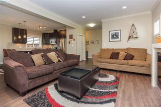 Photo 7: 1012 Braeburn Avenue in VICTORIA: La Happy Valley Single Family Detached for sale (Langford)  : MLS®# 397316