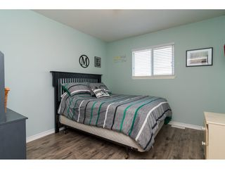 """Photo 15: 6218 166A Street in Surrey: Cloverdale BC House for sale in """"Clover Ridge Estates"""" (Cloverdale)  : MLS®# R2316514"""