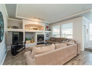 """Photo 11: 6218 166A Street in Surrey: Cloverdale BC House for sale in """"Clover Ridge Estates"""" (Cloverdale)  : MLS®# R2316514"""