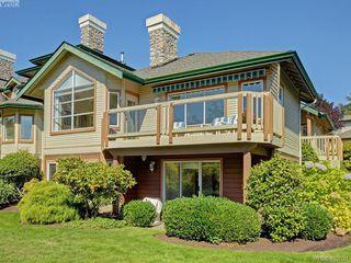 Main Photo: 61 530 Marsett Place in VICTORIA: SW Royal Oak Townhouse for sale (Saanich West)  : MLS®# 402021