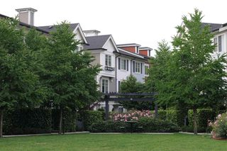 Photo 1: 77 3010 RIVERBEND Drive in Coquitlam: Coquitlam East Townhouse for sale : MLS®# R2328146