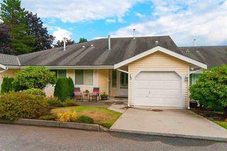 "Main Photo: 33 1190 FALCON Drive in Coquitlam: Eagle Ridge CQ Townhouse for sale in ""FALCON TERRACE"" : MLS®# R2334436"