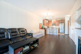 "Photo 6: 609 280 ROSS Drive in New Westminster: Fraserview NW Condo for sale in ""THE CARLYLE"" : MLS®# R2340591"