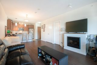 """Photo 5: 609 280 ROSS Drive in New Westminster: Fraserview NW Condo for sale in """"THE CARLYLE"""" : MLS®# R2340591"""
