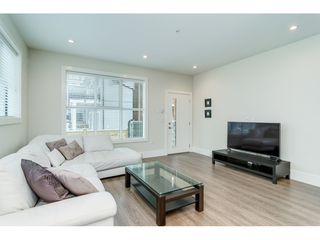 "Photo 3: 39 13260 236 Street in Maple Ridge: Silver Valley Townhouse for sale in ""ARCHSTONE- ROCKRIDGE"" : MLS®# R2343559"