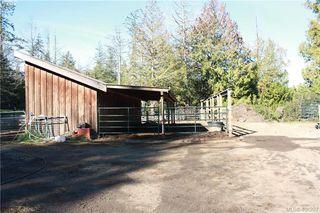 Photo 10: 820-824 Kangaroo Road in VICTORIA: Me Kangaroo Single Family Detached for sale (Metchosin)  : MLS®# 406287