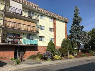 "Photo 2: 208 9417 NOWELL Street in Chilliwack: Chilliwack N Yale-Well Condo for sale in ""Ambassador"" : MLS®# R2354697"