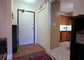 "Photo 3: 208 9417 NOWELL Street in Chilliwack: Chilliwack N Yale-Well Condo for sale in ""Ambassador"" : MLS®# R2354697"