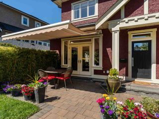 "Photo 2: 3485 W 2ND Avenue in Vancouver: Kitsilano House 1/2 Duplex for sale in ""KITSILANO"" (Vancouver West)  : MLS®# R2369213"