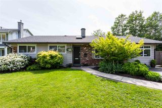 "Photo 1: 6056 49B Avenue in Delta: Holly House for sale in ""HOLLY"" (Ladner)  : MLS®# R2369851"