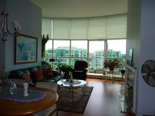 "Photo 3: 1605 8871 LANSDOWNE Road in Richmond: Brighouse Condo for sale in ""CENTRE POINTE"" : MLS®# R2369947"