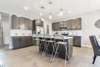 Photo 5: 1367 AINSLIE Wynd in Edmonton: Zone 56 House for sale : MLS®# E4158015