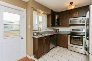 Photo 10: 16934 109 Street in Edmonton: Zone 27 Townhouse for sale : MLS®# E4159216
