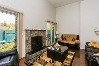 Photo 3: 16934 109 Street in Edmonton: Zone 27 Townhouse for sale : MLS®# E4159216
