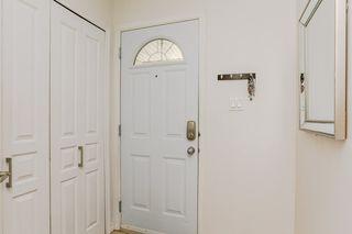 Photo 2: 16934 109 Street in Edmonton: Zone 27 Townhouse for sale : MLS®# E4159216