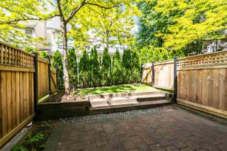 "Photo 8: 7387 MAGNOLIA Terrace in Burnaby: Highgate Townhouse for sale in ""MONTEREY"" (Burnaby South)  : MLS®# R2376795"