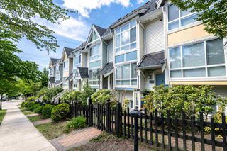 "Photo 2: 7387 MAGNOLIA Terrace in Burnaby: Highgate Townhouse for sale in ""MONTEREY"" (Burnaby South)  : MLS®# R2376795"