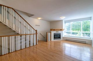 "Photo 7: 7387 MAGNOLIA Terrace in Burnaby: Highgate Townhouse for sale in ""MONTEREY"" (Burnaby South)  : MLS®# R2376795"