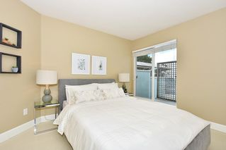 "Photo 15: 408 2020 W 8TH Avenue in Vancouver: Kitsilano Condo for sale in ""AUGUSTINE GARDENS"" (Vancouver West)  : MLS®# R2378621"