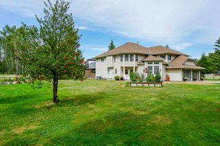 Main Photo: 26025 72 Avenue in Langley: County Line Glen Valley House for sale : MLS®# R2384152