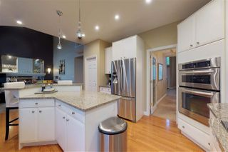 Photo 6: 672 HENDERSON Street in Edmonton: Zone 14 House for sale : MLS®# E4164053